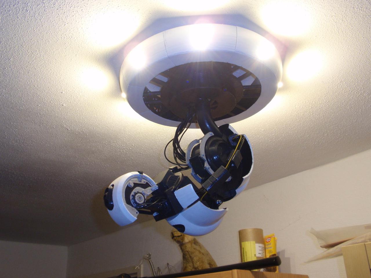 Glados Lamp Ytec 3d